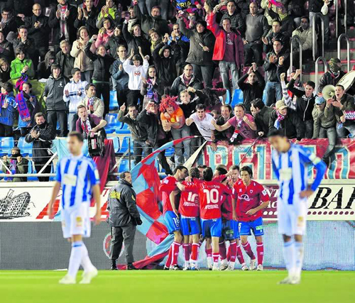 El Numancia vence al Málaga