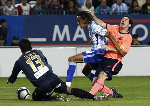El Málaga cae ante el Barcelona