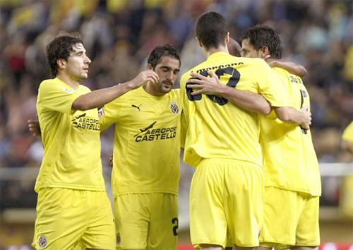 El Villarreal celebra el tanto de la victoria ante el Málaga