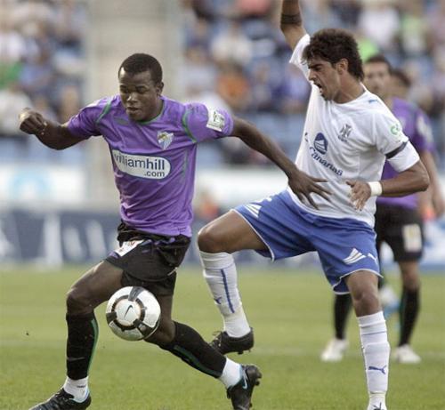 El Málaga sacó un empate de su visita a Tenerife