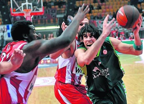 Printezis volvió a Grecia con Unicaja pero no fue suficiente para ganar