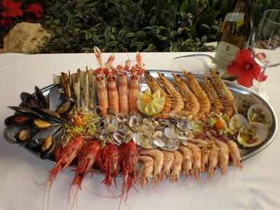 Una de pesca tos fritos en saint tropez los mellizos - Los mellizos puerto marina ...